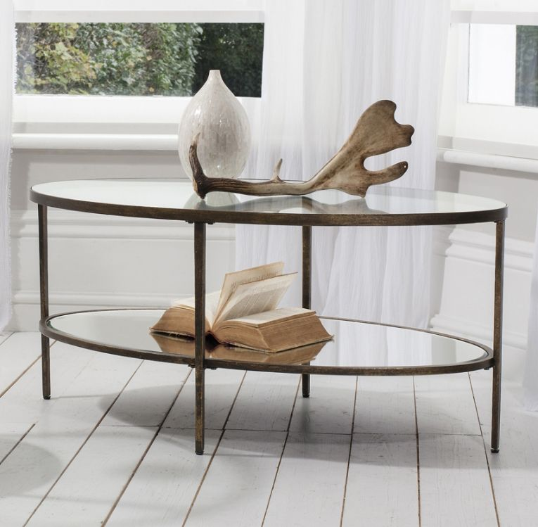 Coffee-Table-Modern-Design-All-of-them-have-a-sleek-clean-look-to-them-that-many-would-say-looks-like-they-are-from-the-future (Image 2 of 10)