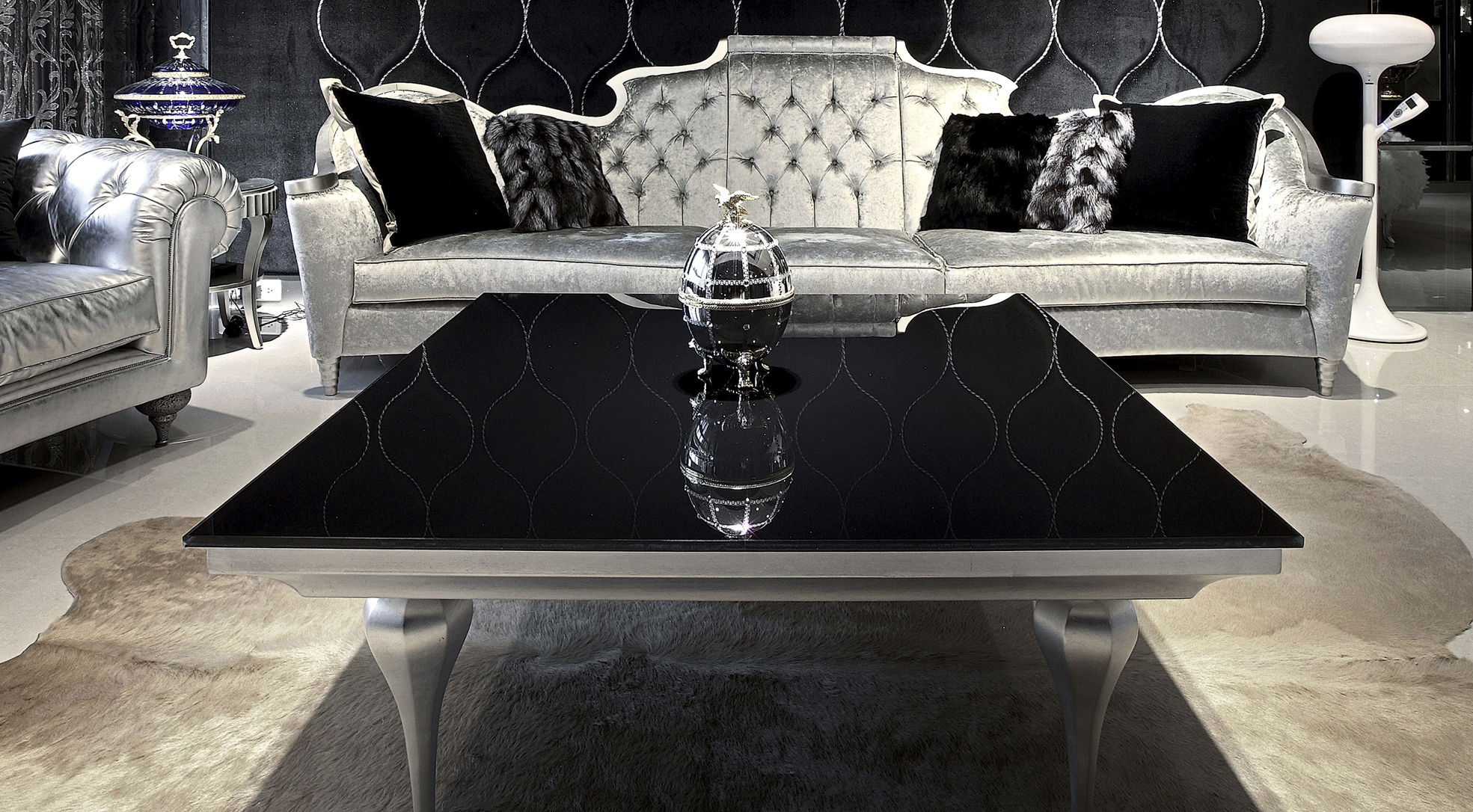 Luxury Glass Coffee Tables I Simply Wont Ever The Perfect Size To Fit With One Of Our Younger Sectional Sofas Be Able To Look At It In The Same Way Again (Image 4 of 10)