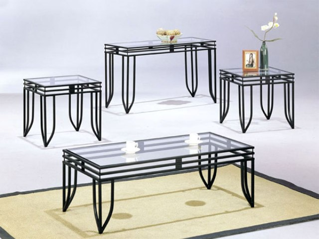 Modern Coffee Tables End Tables Black Metal Base Modern You Could Sit Down And Relax On The Sofa With Your Cup Of Nescafe (View 4 of 10)