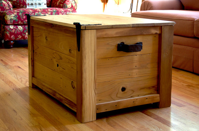 Rustic Chest Coffee Table Coffee Table Chest Farmhouse Coffee Tables Farmhouse Coffee Tables (Image 5 of 10)