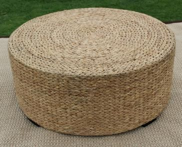 Exceptionnel Hand Woven Seagrass Coffee Tables In A Knit Weave Of Water Hyacinth Are  Made From Round