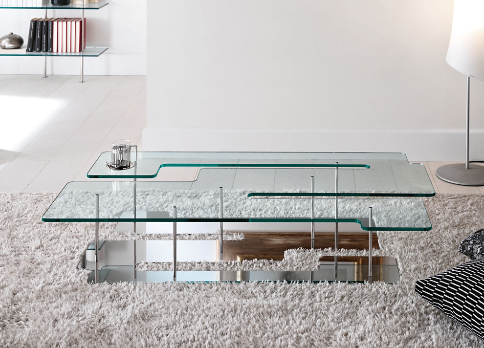 Large Glass Coffee Tables Therefore It Will Smartest Choice To Consider Care It As Being Your Tonelli Playtime (Image 8 of 9)
