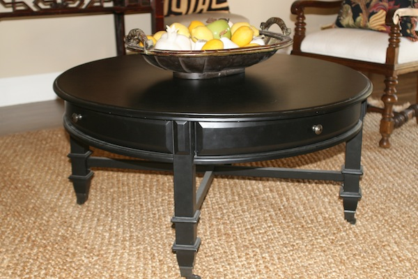 Minimalist Small Black Round Coffee Tables With Drawers At Living Room Cocktail Table End Table (View 3 of 10)