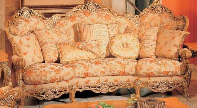 12 Floral Pattern Sofa Designs Rilane perfectly with Floral Sofas And Chairs (Image 4 of 20)