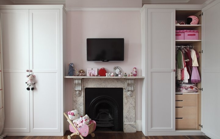 Alcove Wardrobes In White Satin Lacquer And A Medium Frame certainly in Alcove Wardrobes Designs (Image 15 of 30)