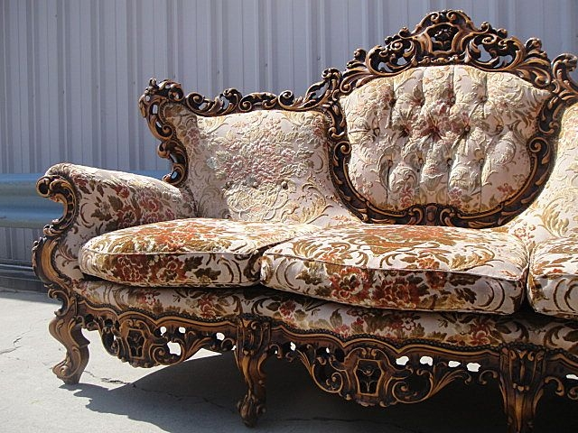 Antique Furniture Italian Carved Walnut Sofa Couch Furnishings clearly for Antique Sofa Chairs (Image 8 of 20)