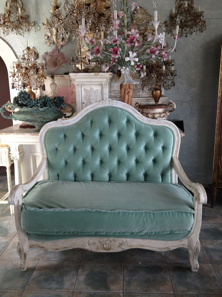 Best 10 Country Sofas Ideas On Pinterest Beige Waredrobes properly regarding Country Sofas and Chairs (Image 2 of 20)