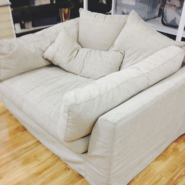 Best 25 Oversized Couch Ideas On Pinterest Small Lounge properly throughout Huge Sofas (Image 8 of 20)