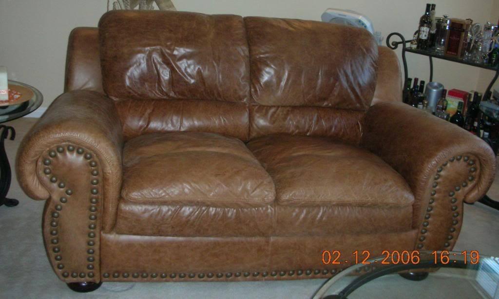 Catchy Nubuck Leather Sofa Nubuck Leather Sofa Nubuck Leather Sofa well throughout Aniline Leather Sofas (Image 9 of 20)
