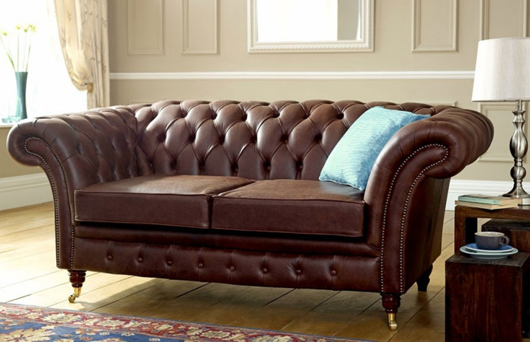 Chesterfield Sofas And Chesterfield Sofa Designs very well inside Leather Chesterfield Sofas (Image 10 of 20)