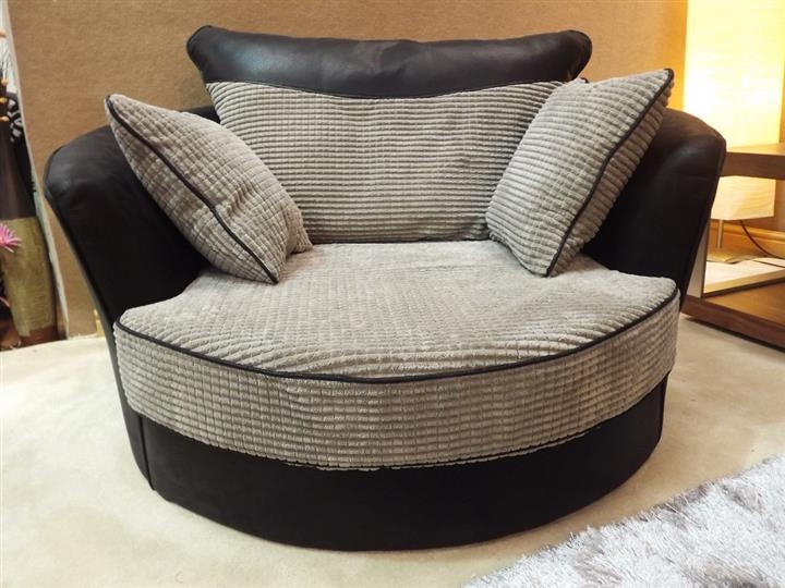 Corner Sofa Swivel Chair Amazing Chairs properly with regard to Corner Sofa and Swivel Chairs (Image 9 of 20)