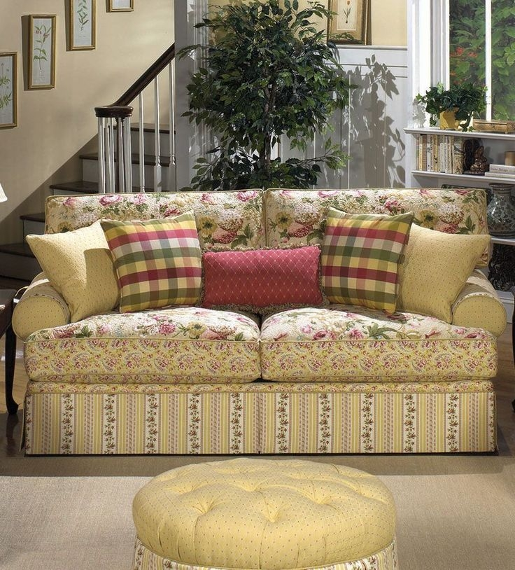 Popular Photo of Cottage Style Sofas And Chairs