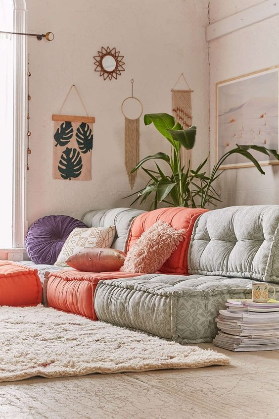 Cozy Floor Seating Ideas That Are So Comfortable And Easy To Make very well inside Comfortable Floor Seating (Image 13 of 20)