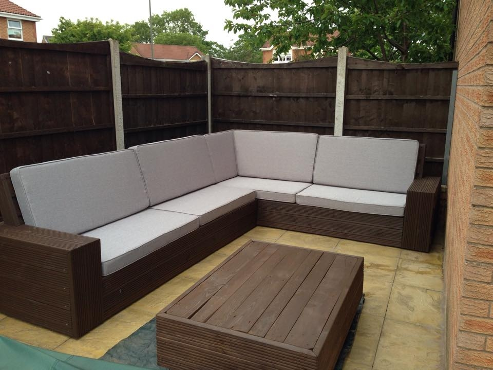 Diy Pallet Sectional Sofa Tutorial nicely within Diy Sectional Sofa (Image 14 of 20)