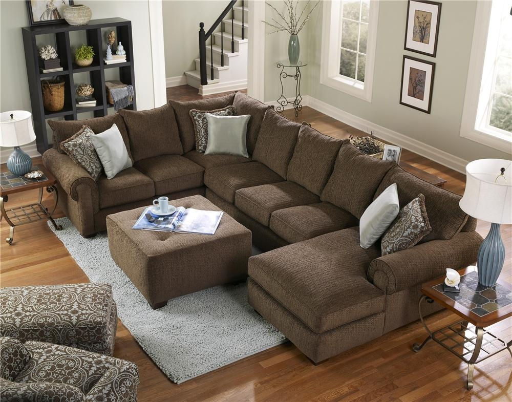 Popular Photo of Corinthian Sectional Sofas