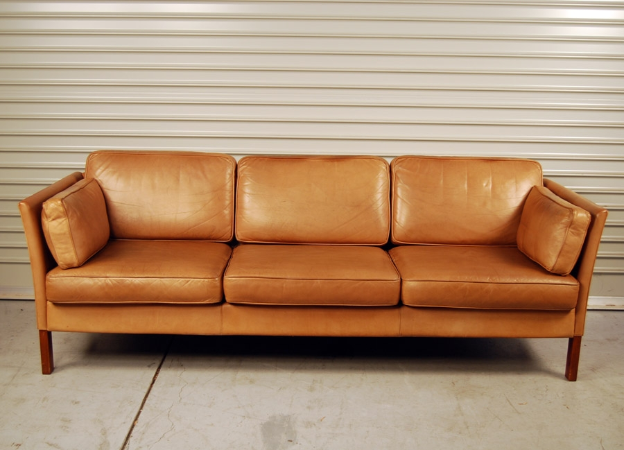 Light Brown Leather Sofa Light Tan Leather Sofa Sale Modern properly with Light Tan Leather Sofas (Image 8 of 20)