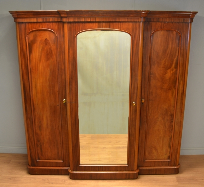 Quality Victorian Mahogany Break Fronted Triple Wardrobe With definitely regarding Antique Breakfront Wardrobe (Image 23 of 30)