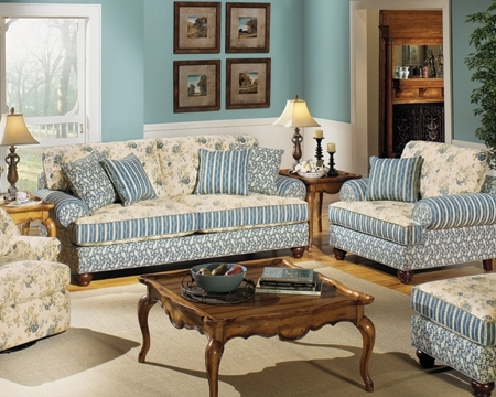 Stunning Country Cottage Living Room Furniture Ideas Home Design Very Well With Regard To Cottage Style Sofas And Chairs (View 20 of 20)