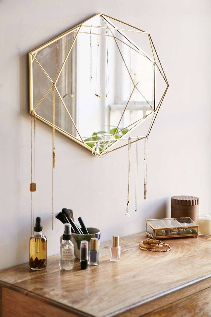 10 Wall Mirror Ideas That Will Give The Unique Look To Your Room regarding Unique Wall Mirrors (Image 3 of 25)