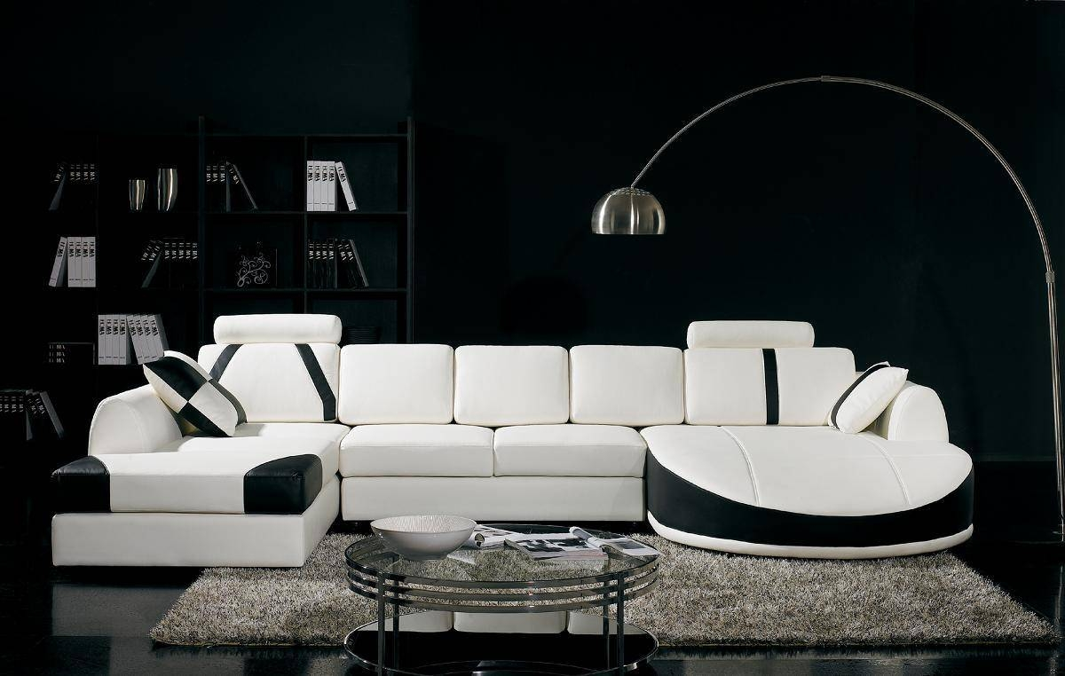 15 Awesome White Living Room Furniture For Your Living Space with regard to White And Black Sofas (Image 1 of 30)