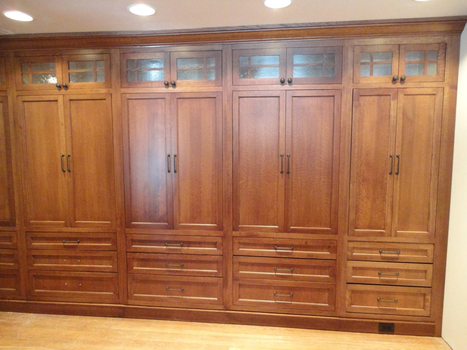15 Ideas Of Solid Wood Built In Wardrobes for Solid Wood Built in Wardrobes (Image 1 of 30)
