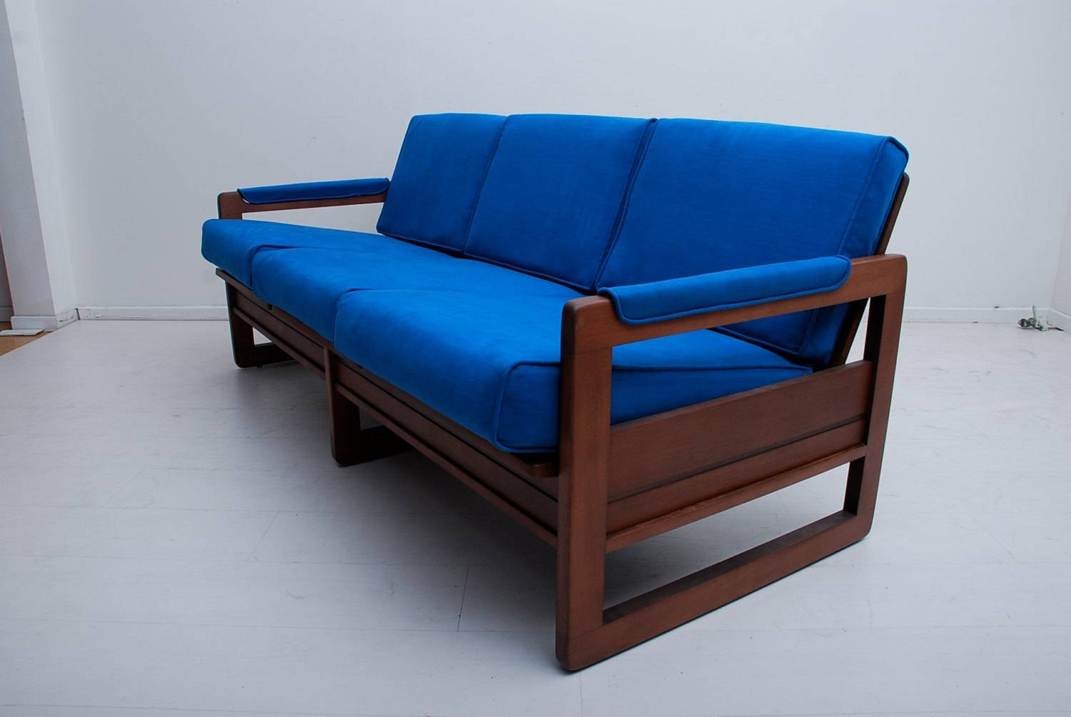 24 Simple Wooden Sofa To Use In Your Home | Keribrownhomes with regard to Blue Sofa Chairs (Image 1 of 30)