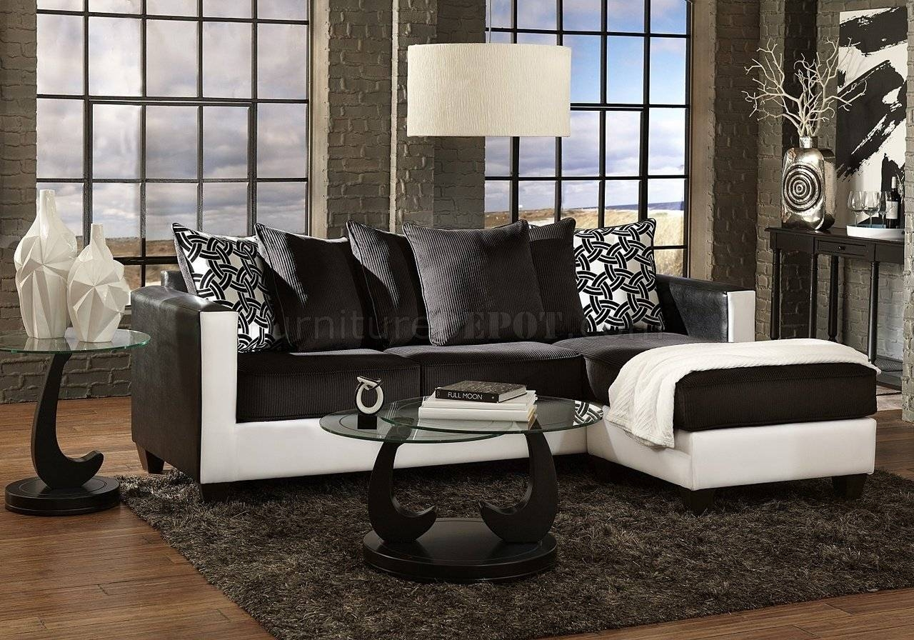 3001 Sectional Sofa In Black & White With Black And White Sectional Sofa (View 4 of 30)
