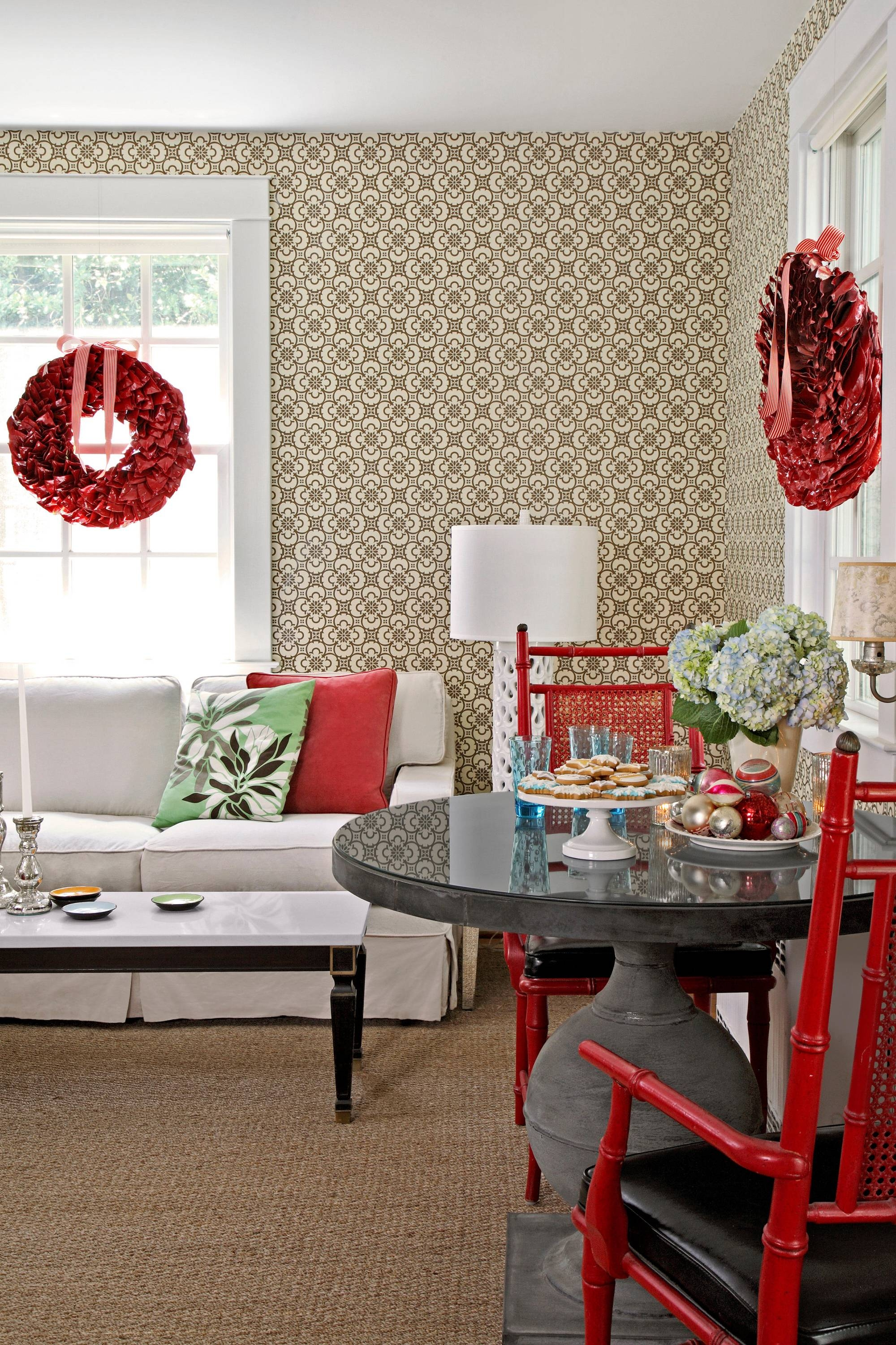 45 Best Christmas Table Settings – Decorations And Centerpiece For Rustic Christmas Coffee Table Decors (View 15 of 30)