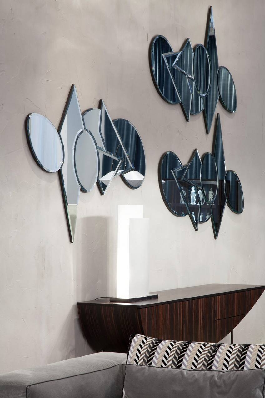 8 Impressive Modern Mirrors From Italian Luxury Brands with Modern Mirrors (Image 4 of 25)