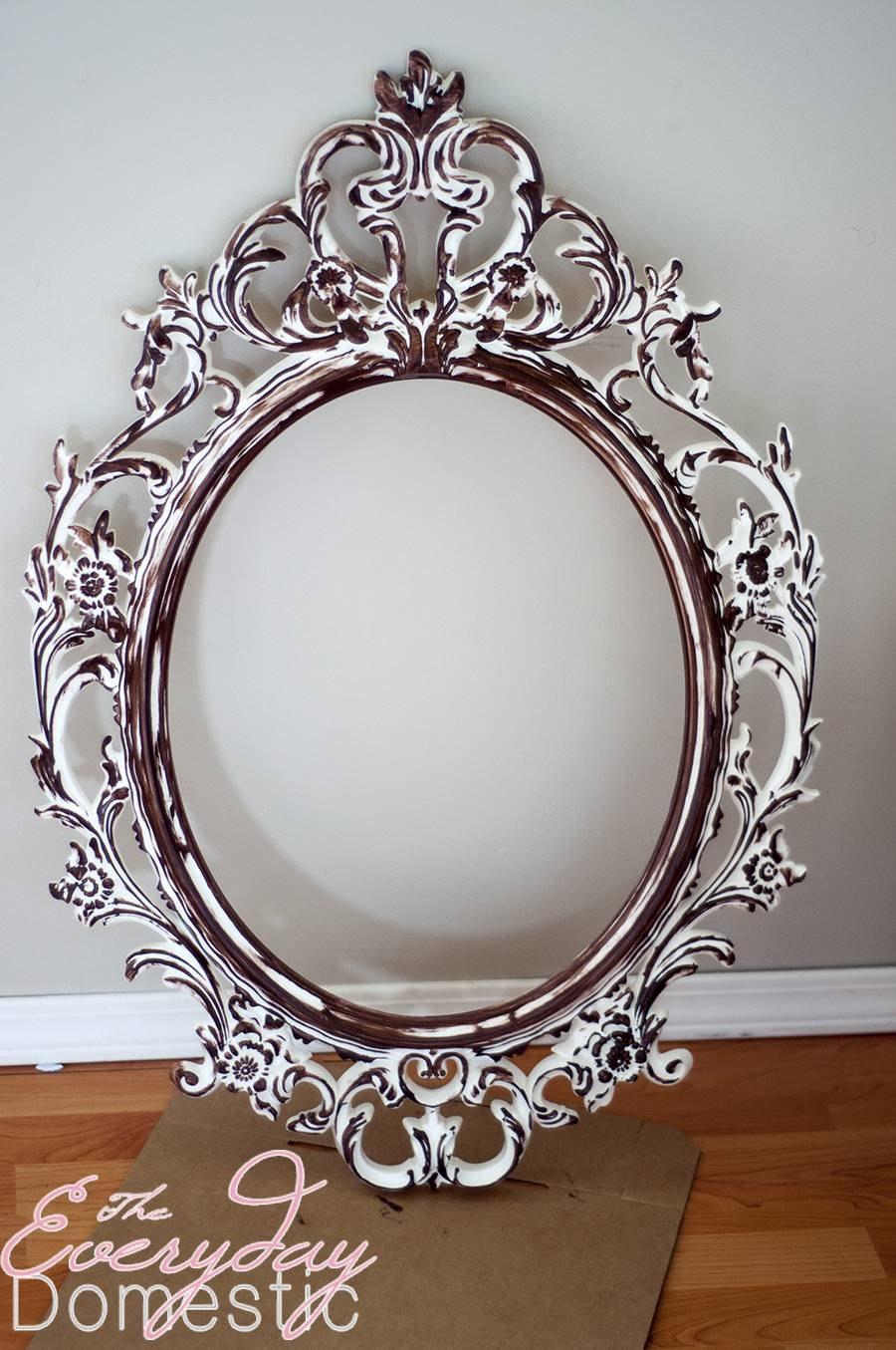 Accessories: Fair Picture Of Vintage Chic Ornate Silver Metallic Pertaining To Silver Oval Wall Mirrors (View 2 of 25)