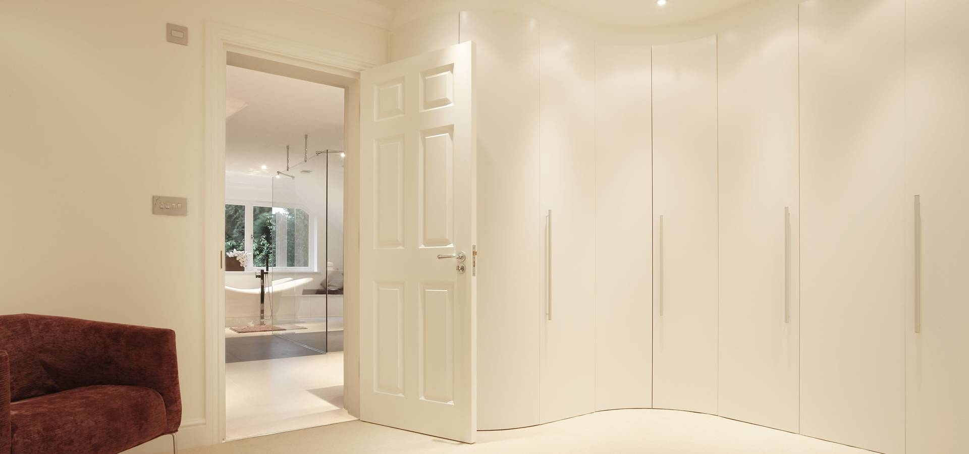 Alfa Curve - Fitted Bedroom Furniture | Wardrobes Uk | Lawrence for Curved Wardrobe Doors (Image 2 of 30)