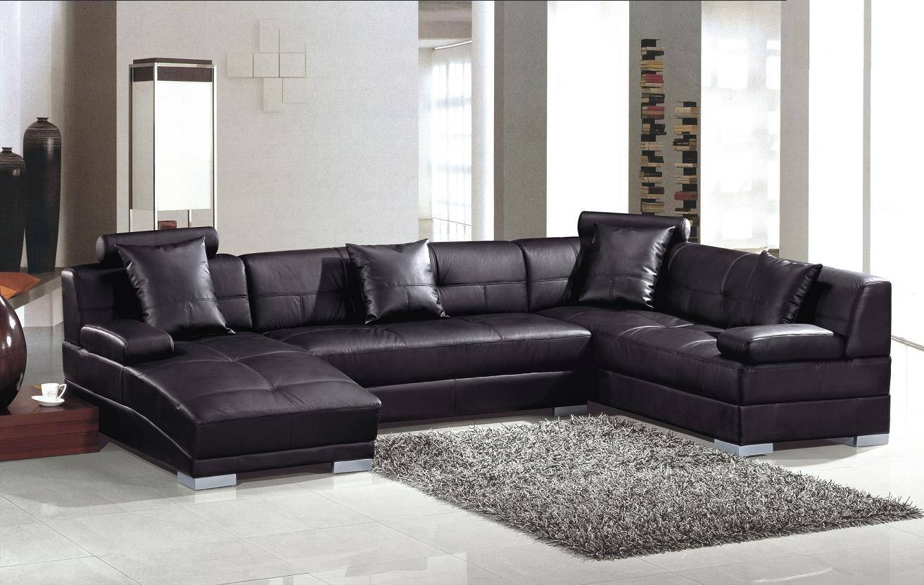 Amazing Full Grain Leather Sofa And Contemporary Table Lamps With Pertaining To Contemporary Black Leather Sofas (View 4 of 30)