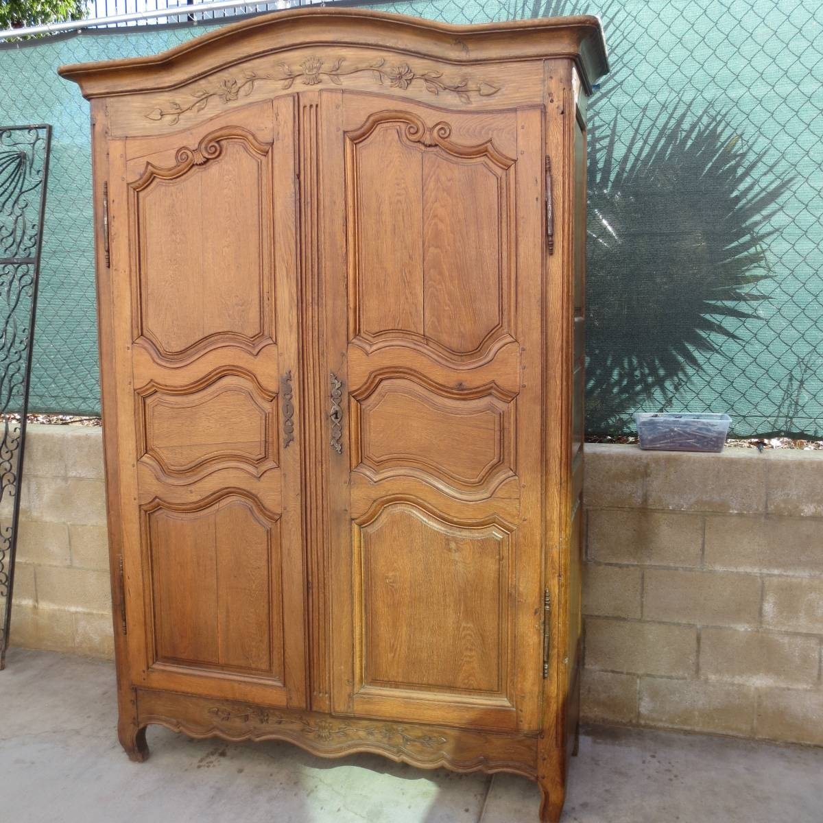 Antique Armoires And Antique Wardrobes with regard to French Antique Wardrobes (Image 6 of 15)