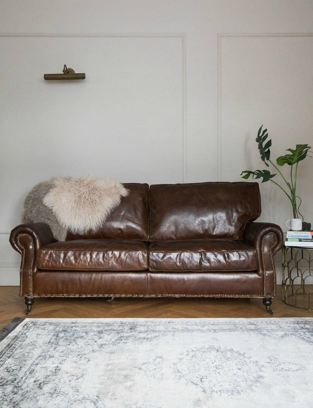 Antique Leather Sofa Bed | Tehranmix Decoration within Vintage Leather Sofa Beds (Image 3 of 30)