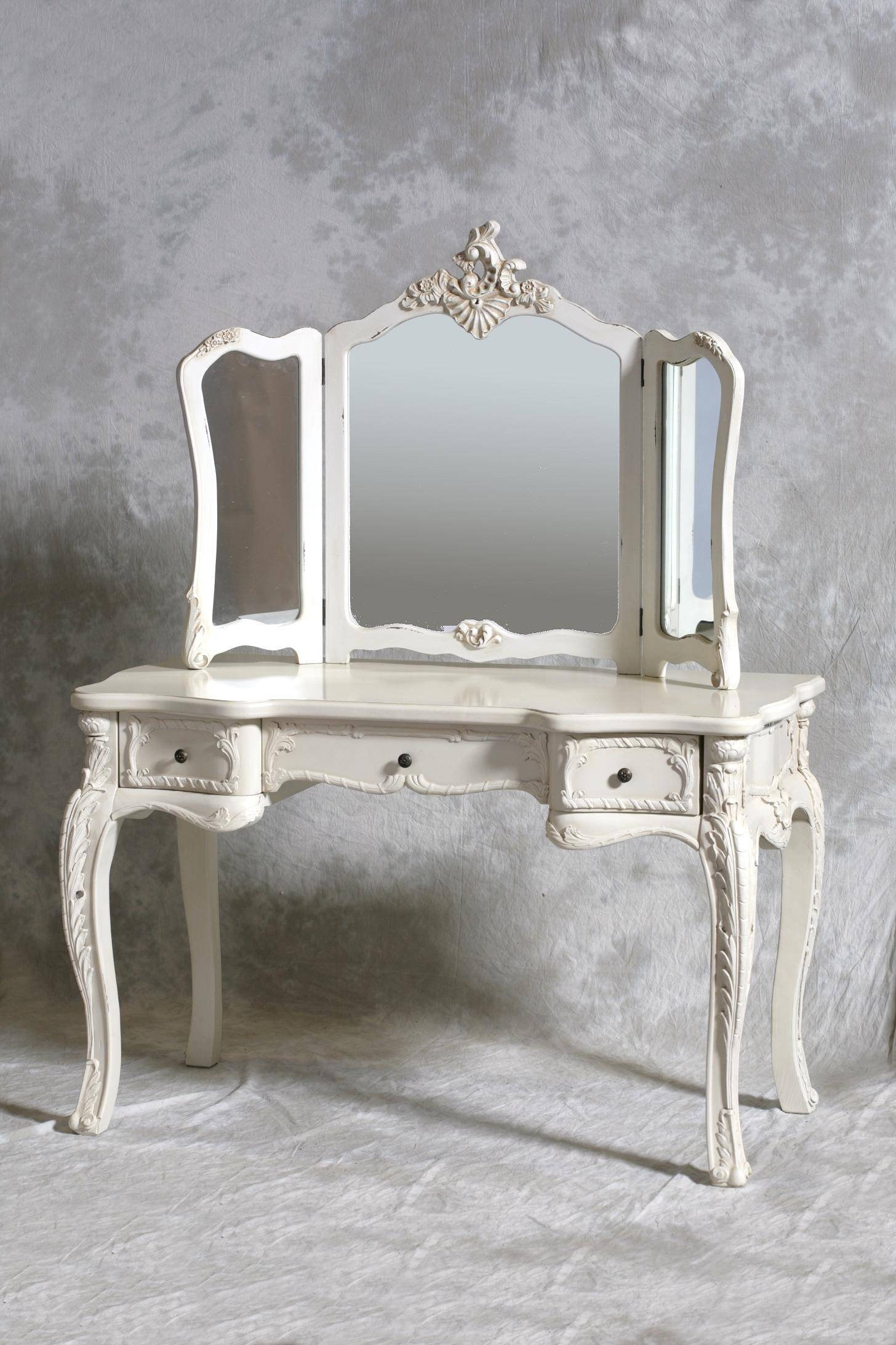Antique Makeup Vanity With Mirror 92 Stunning Decor With Vintage Regarding Vintage White Mirrors (Photo 9 of 25)