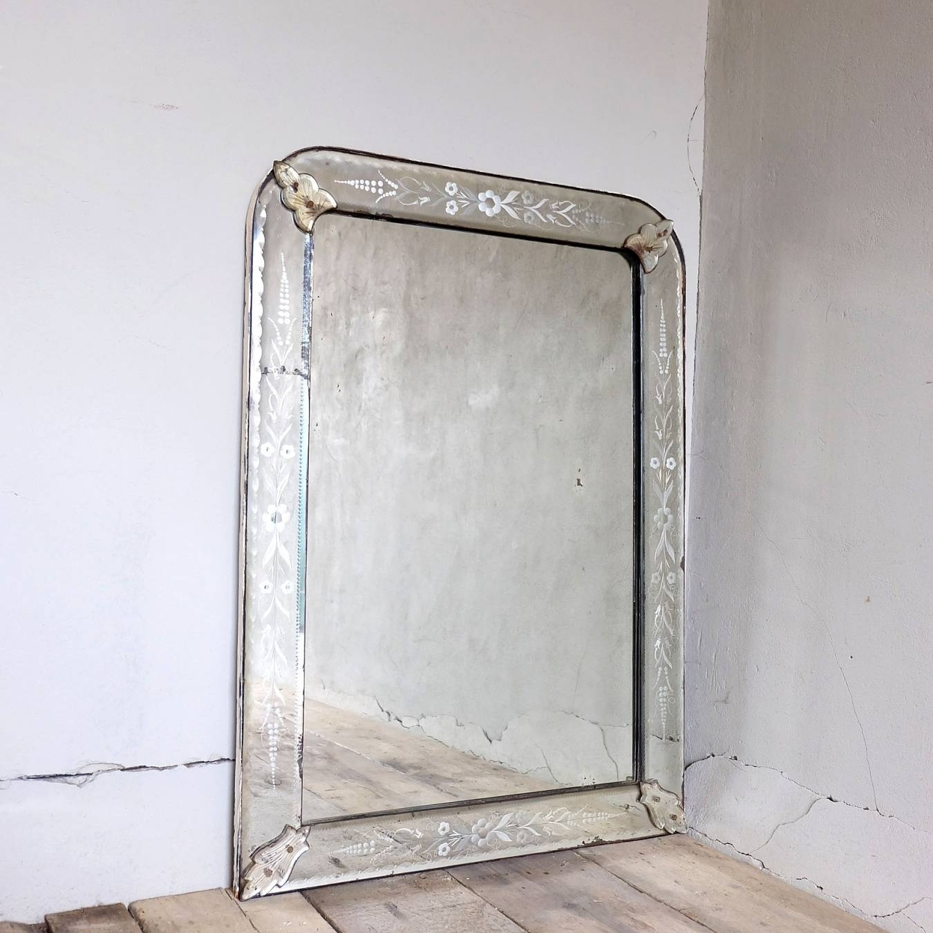Antique Venetian Mirror | Trendfirst for Antique Venetian Mirrors (Image 8 of 25)