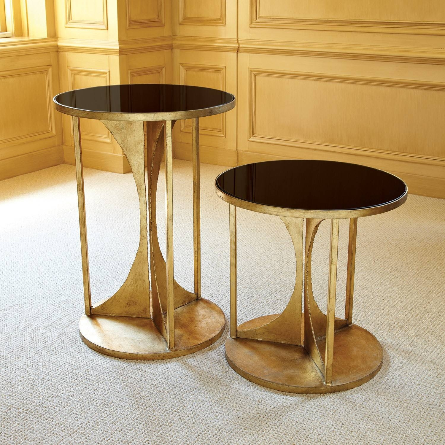 Appealing Interior Home Furniture Design Inspiration Display in Retro Glass Coffee Tables (Image 6 of 30)