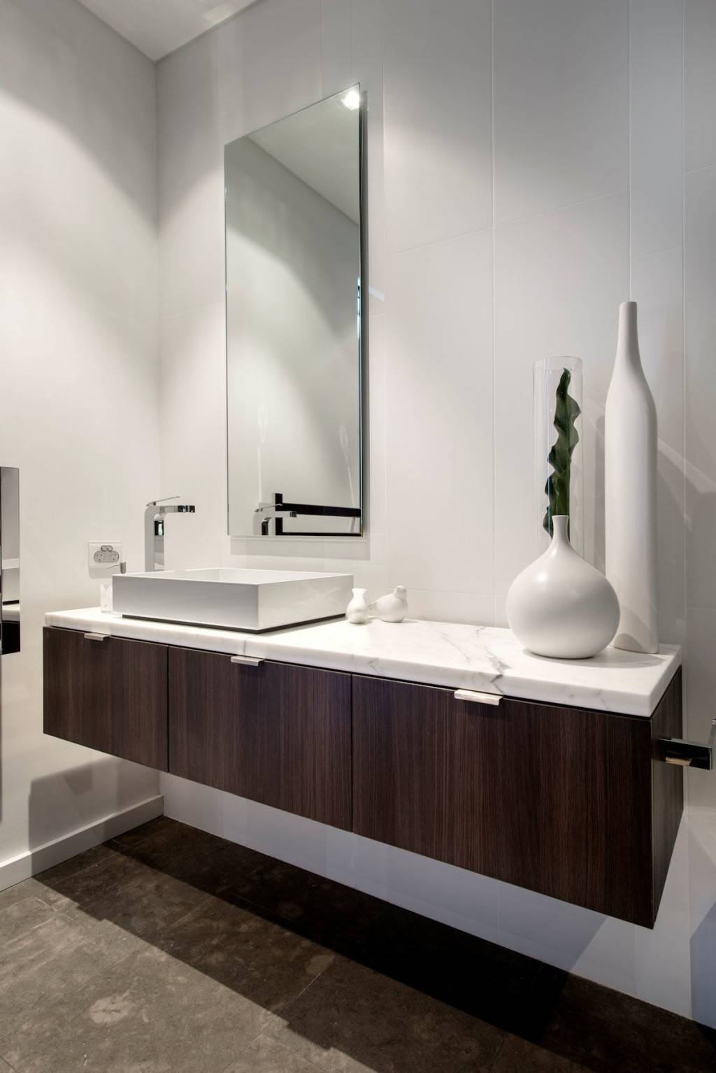Archaic Decorating Ideas Using Rectangular Mirrors And Rectangular Pertaining To Silver Rectangular Mirrors (View 3 of 25)