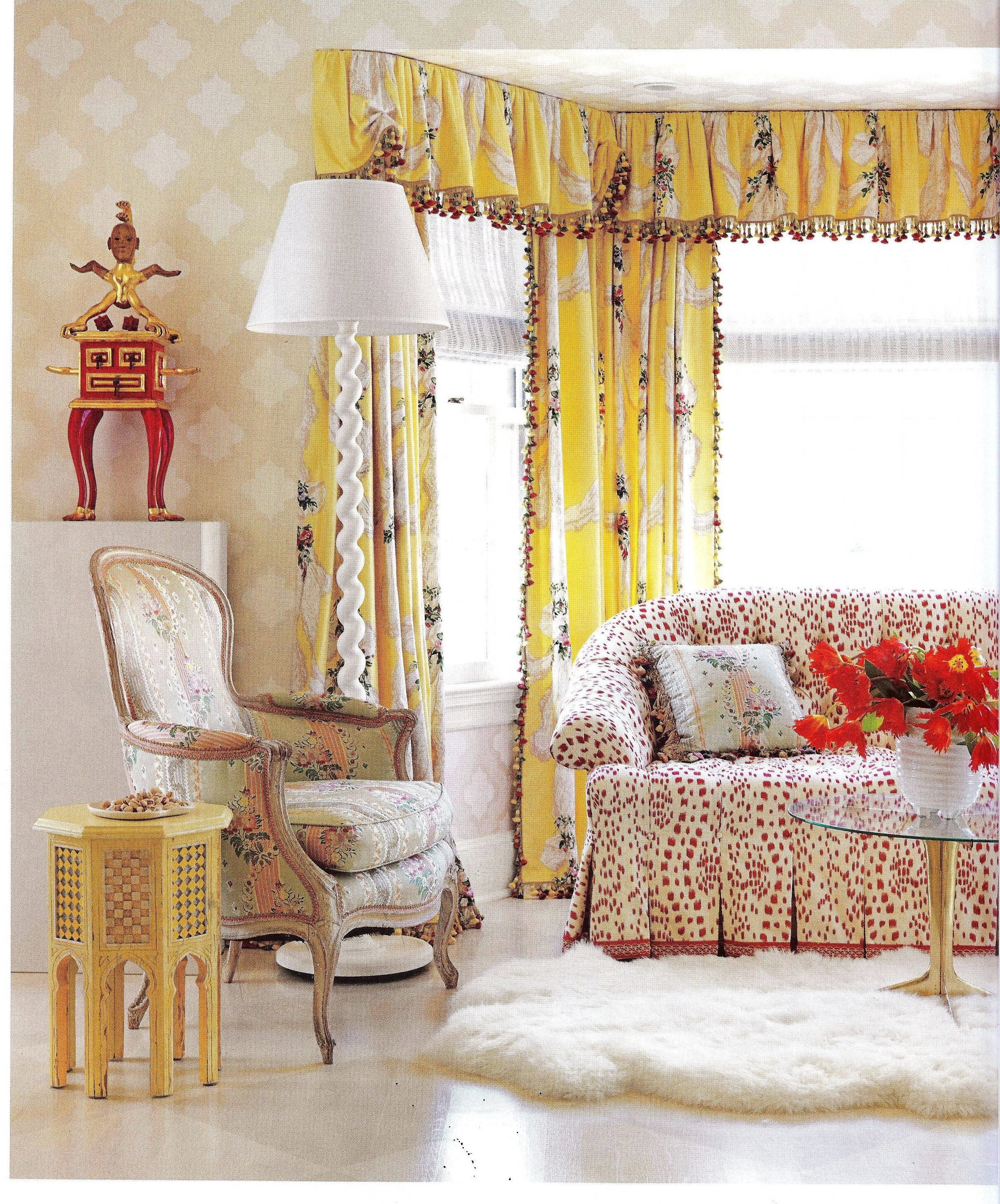 Are Those Chintz Fabrics That I See In House Beautiful Feb 2013 with regard to Chintz Fabric Sofas (Image 8 of 30)
