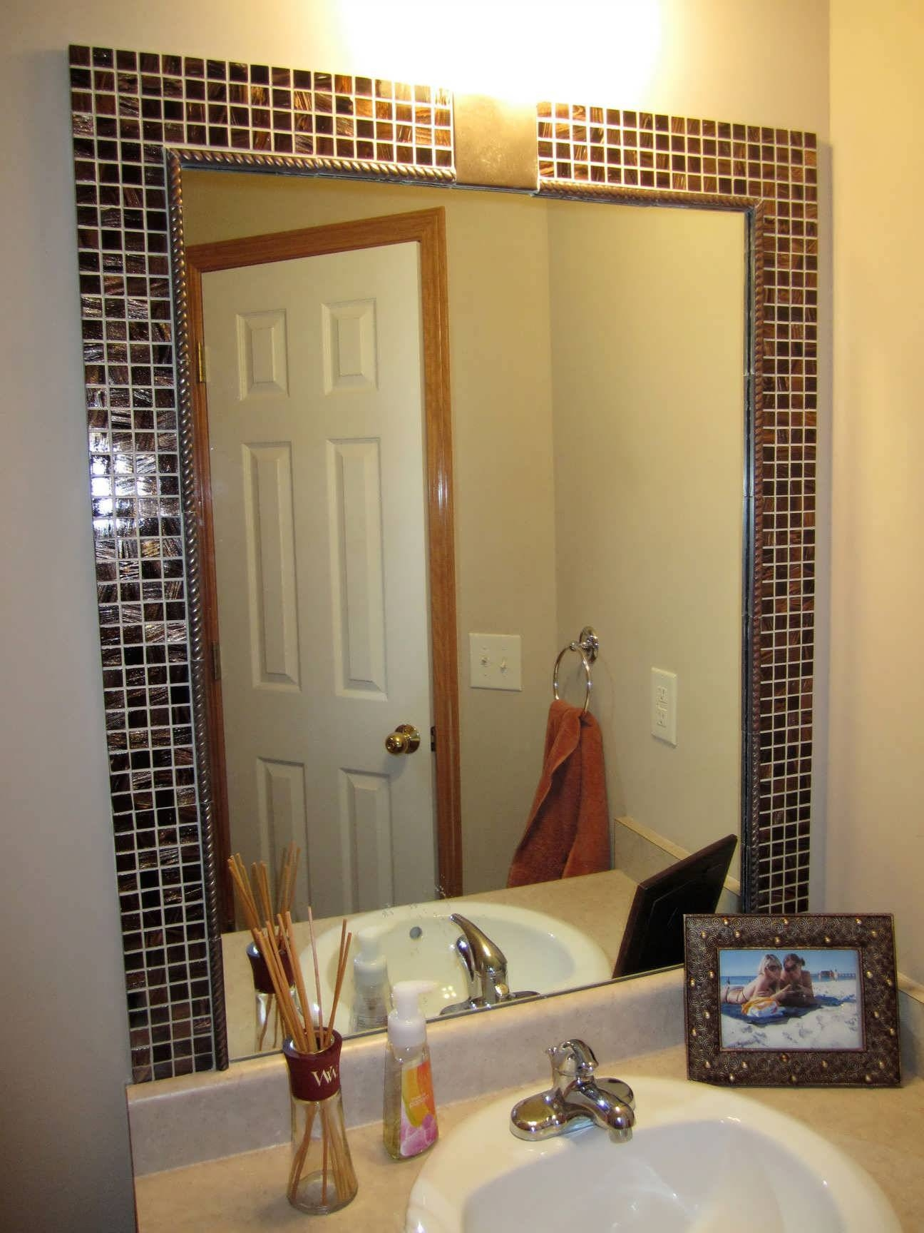 Bathroom Mirrors Sizes showing photos of white oval bathroom mirrors (view 20 of 25 photos)