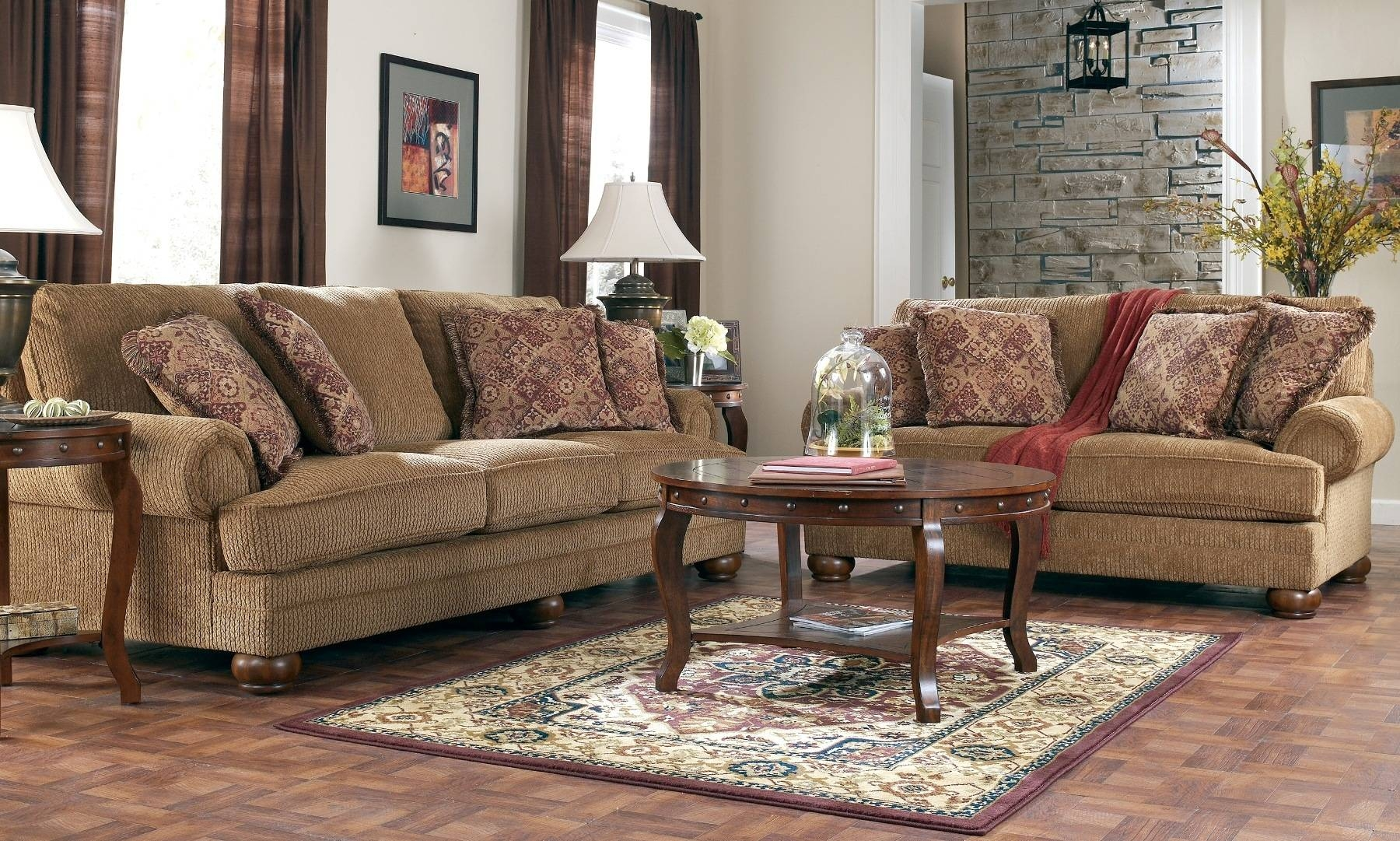 Beautiful Traditional Modern Living Room Furniture Leather inside Traditional Fabric Sofas (Image 1 of 30)