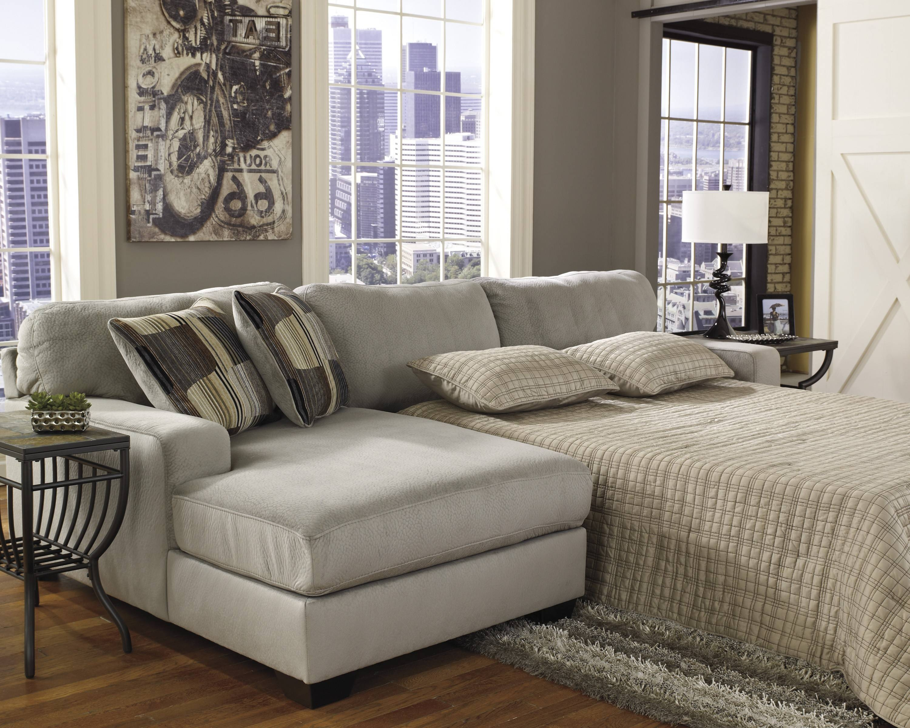 Bedroom: Exquisite Amour Sectional Couch With Pull Out Bed For throughout Sectional Sofas With Sleeper and Chaise (Image 3 of 30)