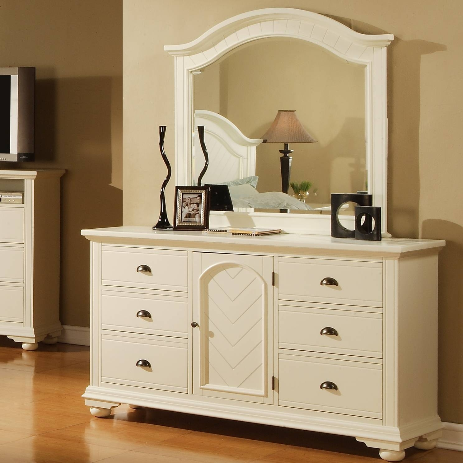 Bedroom Furniture : Makeup Storage Containers Beech Dressing Table with regard to Illuminated Dressing Table Mirrors (Image 6 of 25)