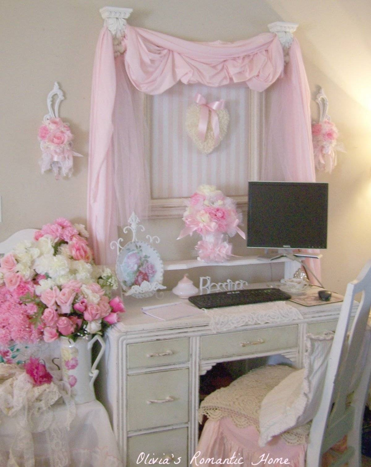 Bedroom : Small Bedroom Ideas For Teenage Using White Shabby Chic Pertaining To Shabby Chic Window Mirrors (View 8 of 25)