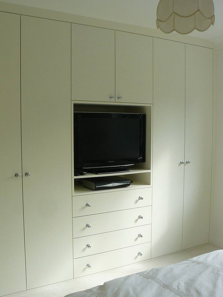 Bedroom Wardrobe Cabinet pertaining to Built in Wardrobes With Tv Space (Image 4 of 30)