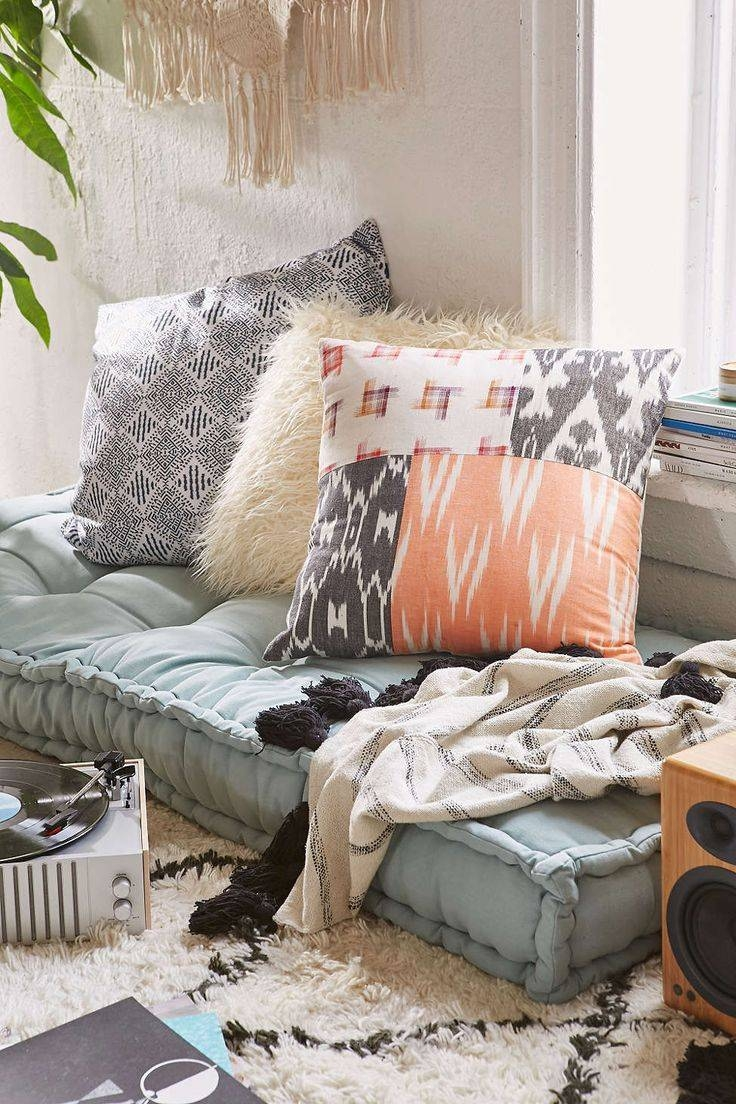 Best Big Floor Pillows : comfortable floor seating - Home Design And Decor