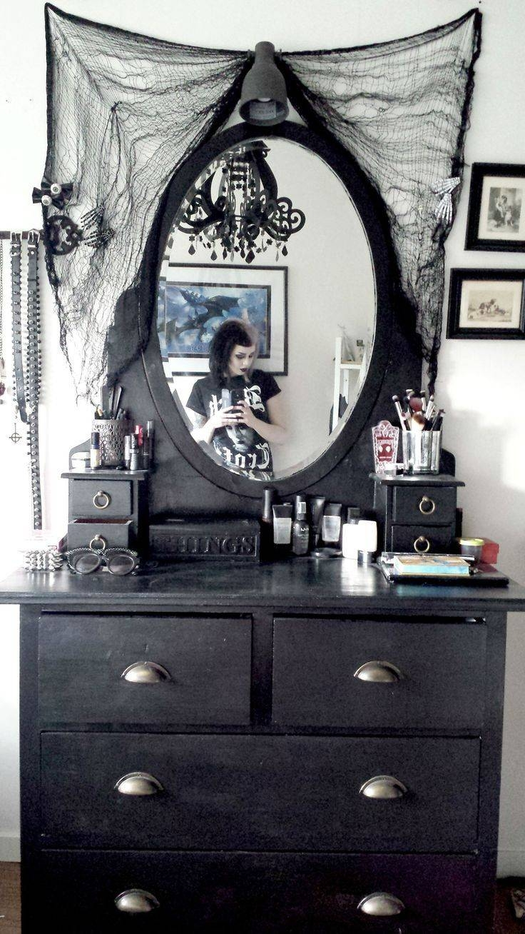 Best 25+ Gothic Home Decor Ideas On Pinterest | French Home Decor regarding Gothic Sofas (Image 11 of 30)