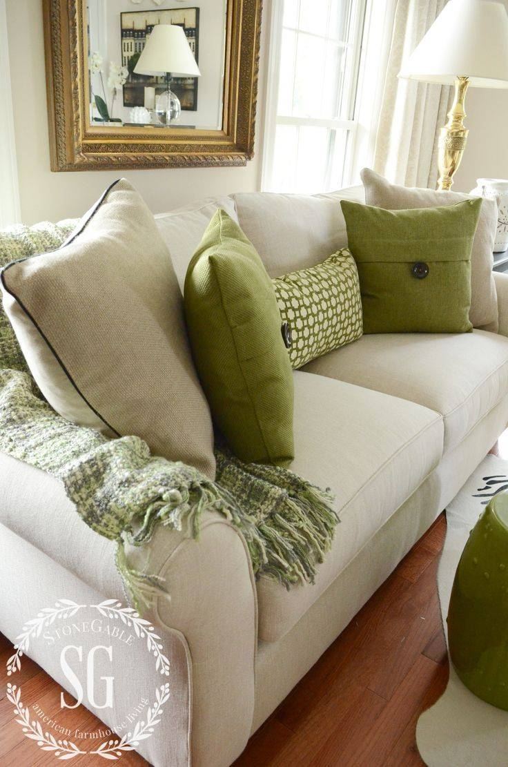 Best 25+ Green Throws Ideas Only On Pinterest | Green Throw regarding Throws For Sofas And Chairs (Image 2 of 15)