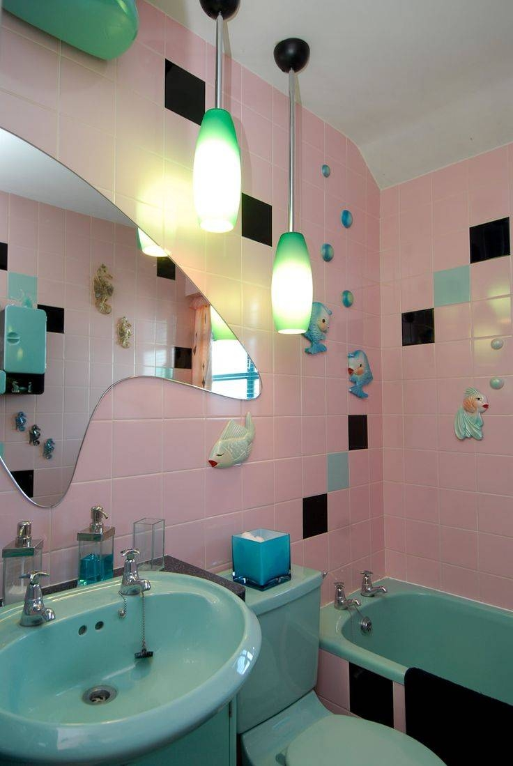Best 25+ Retro Bathroom Decor Ideas Only On Pinterest | Pink for Retro Bathroom Mirrors (Image 8 of 25)