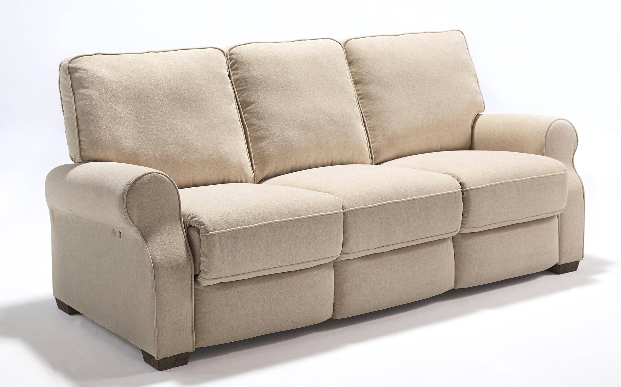 Best Home Furnishings Hattie Traditional Power Reclining Sofa With within Recliner Sofa Chairs (Image 6 of 30)